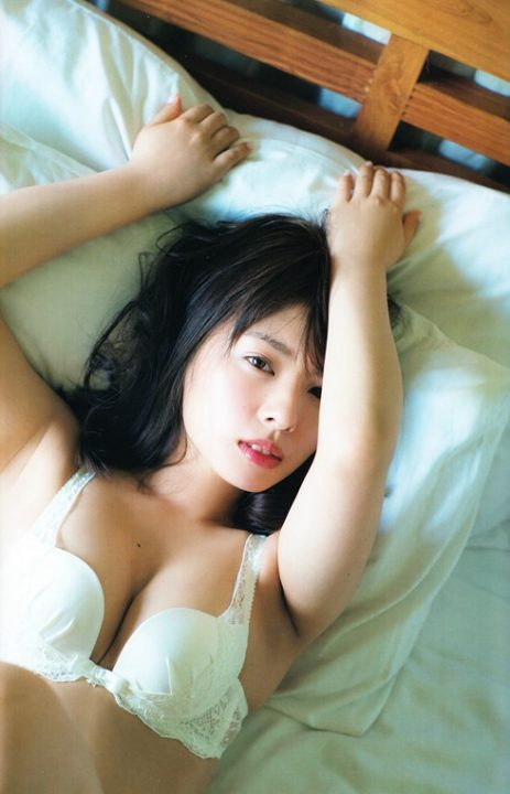 山田菜々 ヌード&水着画像054