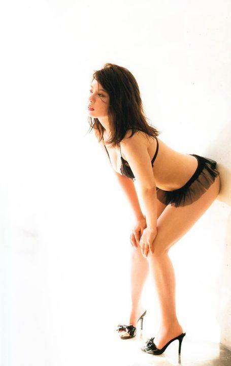 山田菜々 ヌード&水着画像063