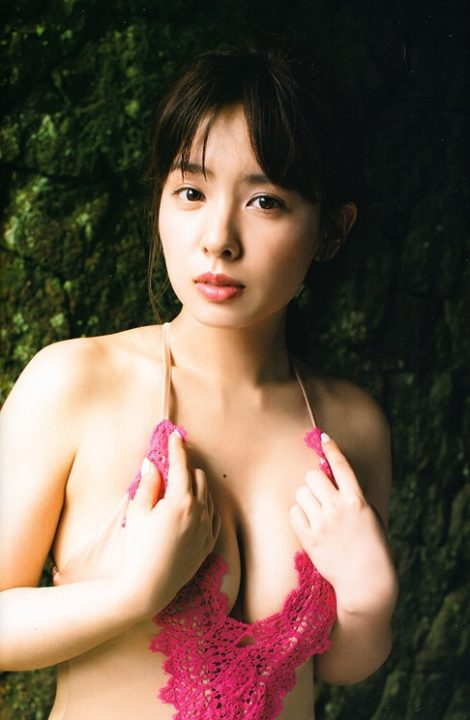 山田菜々 ヌード&水着画像078