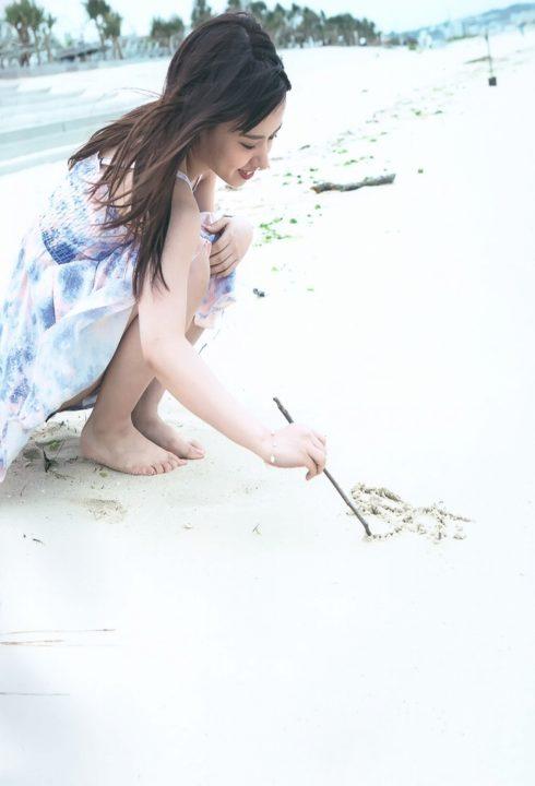 山田菜々 ヌード&水着画像089